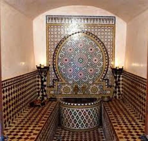 Баня турецкая тоже может иметь скромные размеры