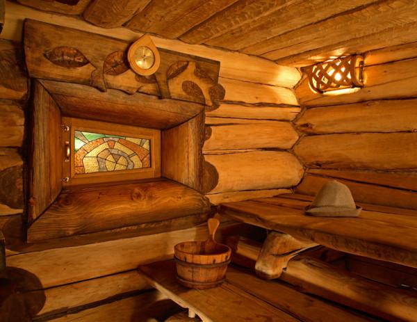 Баню из древесины всегда можно стилизовать в лучших традициях Древней Руси