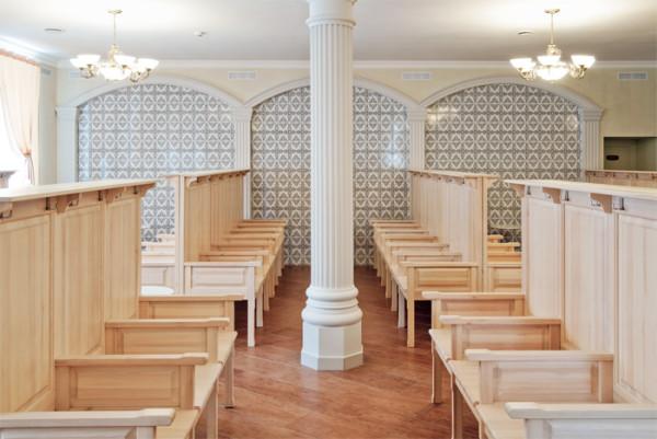Деревянная мебель – оптимальное решение для общественной бани