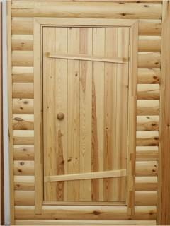 Дверь бани должна плотно прилегать к дверной коробке.
