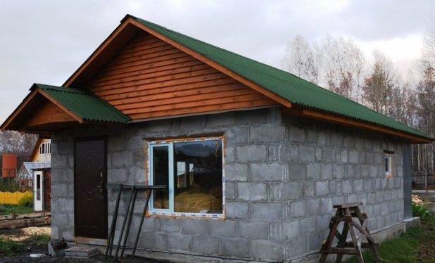 Дачный домик своими руками из блоков видео