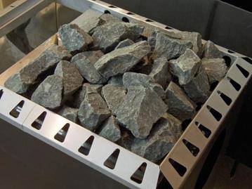 Каменка с карельским диабазом