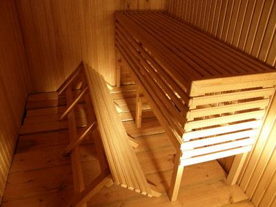 Любая конструкция полога для бани должна предусматривать свободный доступ к закрываемому объёму внизу