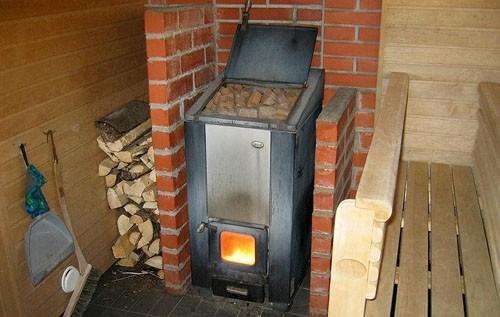 Металлическая печь – нагреет баню быстро