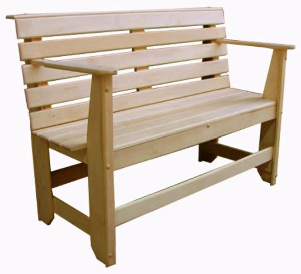 Можно изготовить и мебель в баню, сочетающуюся по стилистике с трапиками на полу