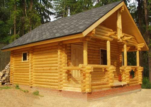 На фото сауна как отдельное строение, но возможен и встроенный в жилой дом вариант