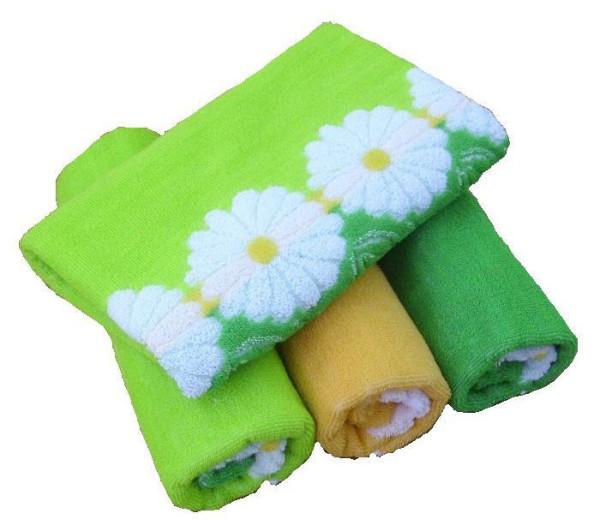 Полотенце для бани должно иметь привлекательный внешний вид