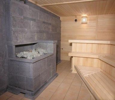 Профессионально построенная печь с каменной засыпкой