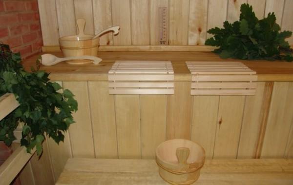 Простуда не всегда может быть «подходящим» поводом для бани, главное, чтобы не в период обострения