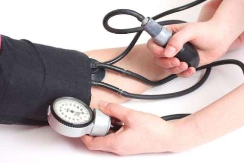 Проверьте уровень своего кровеносного давления перед посещением сауны