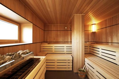 С удобным полоком баня – просто чудо!
