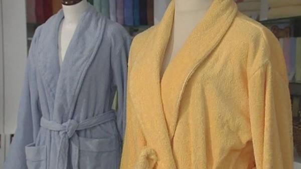 Синтетический банный женский халат