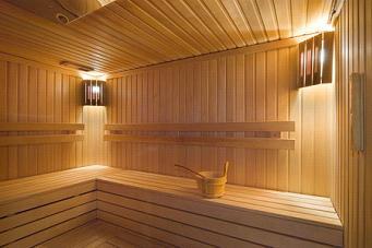 Высокие потолки в бане
