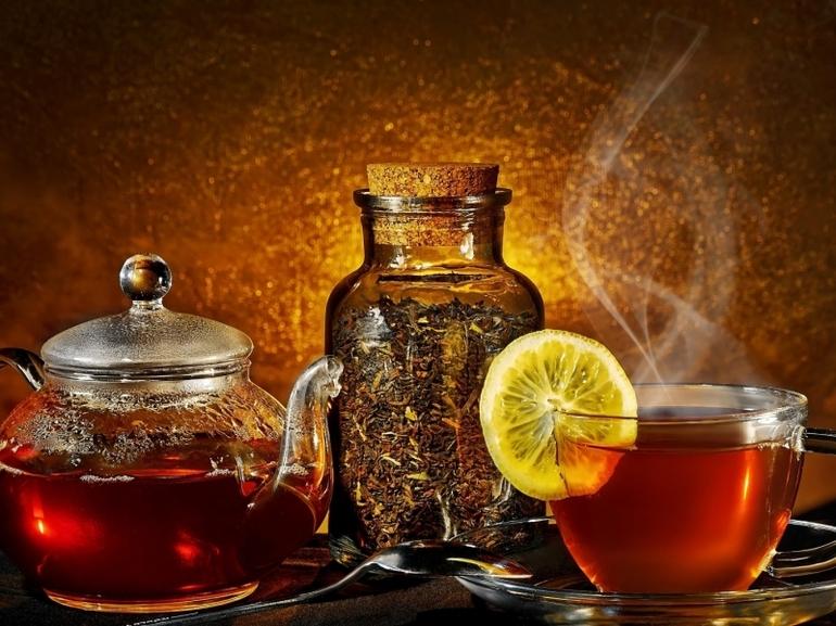 7 напитков для бани с оздоровительным эффектом