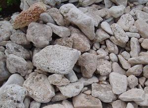 А вот известняк, песчаник, ракушечник и другие осадочные породы для бани совершенно непригодны.