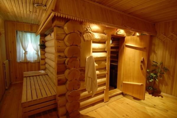 Баня в доме создает неповторимый уют.