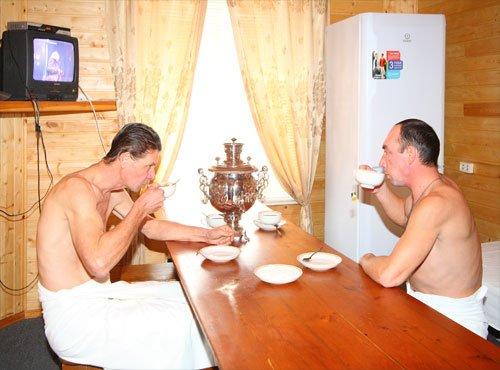 Чаепитие – один из основных этапов банных процедур.