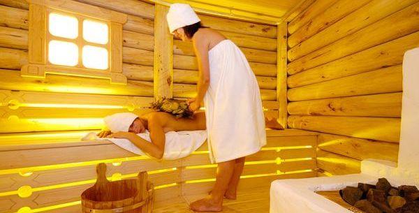 Деревянная баня – это не только красота и уют, но и польза для здоровья.