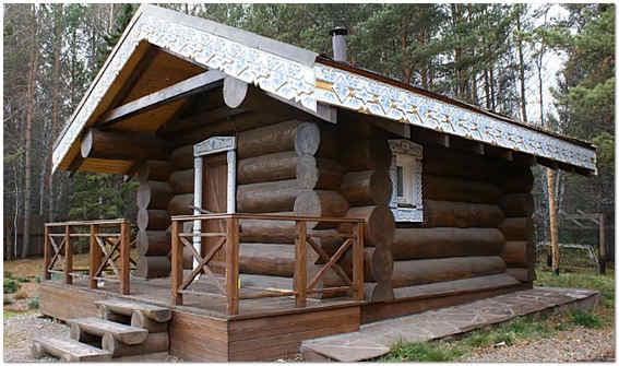 Если хотите знать, как построить красивую баню – используйте природные материалы и традиционную отделку.