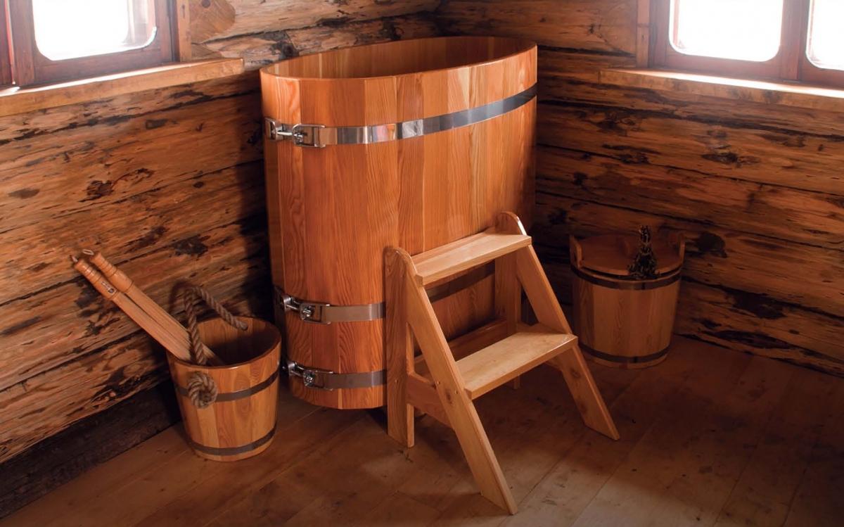 Овальная форма деревянной купели