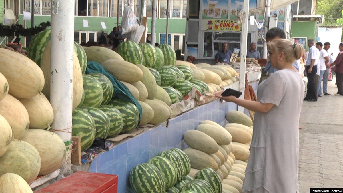 Продажа ранних арбузов и дынь