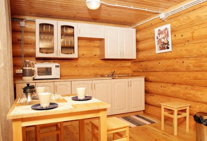 Летняя кухня в предбаннике.