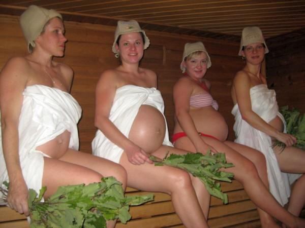Фото беременных женщин в бане, знающих все о таких процедурах.