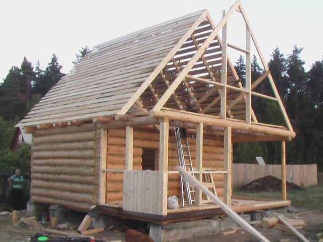Фото строящейся крыши.