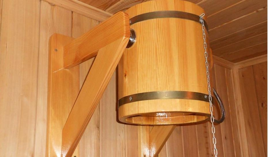 Деревянный кронштейн