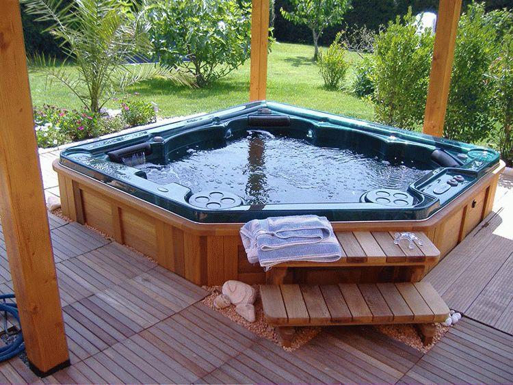 Гидромассажный бассейн для бани