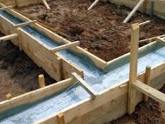 Как залить фундамент для бани с помощью опалубки