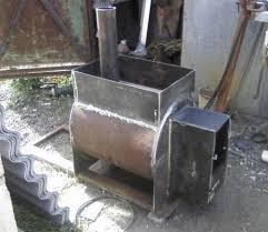 Любительское фото простейшей самодельной печи из металла