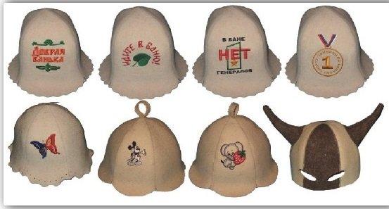 На фото - варианты банных шапочек