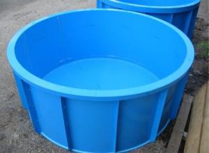 Небольшой бассейн для компактной бани