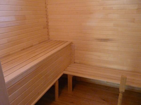 Осиновая отделка парной комнаты