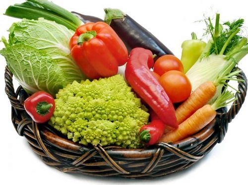 После бани лучше принимать легкую овощную пищу