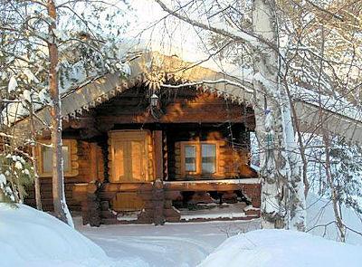 При наших суровых зимах очень важным вопросом становится утепление входной двери в помещение бани.