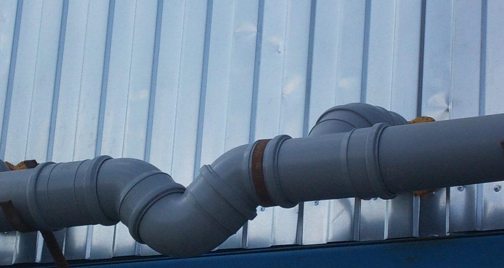 Реализация водяного затвора с использованием различных угловых соединений