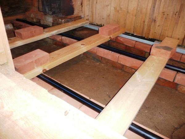 Ремонт пола в бане после замены нижних венцов