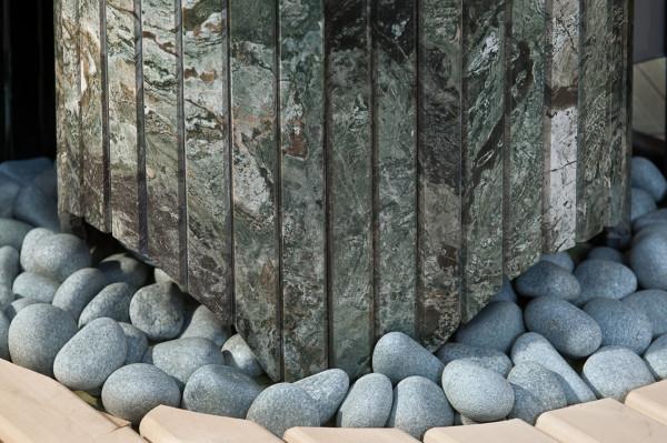 Шлифованные окатыши и защитный каркас из данной породы