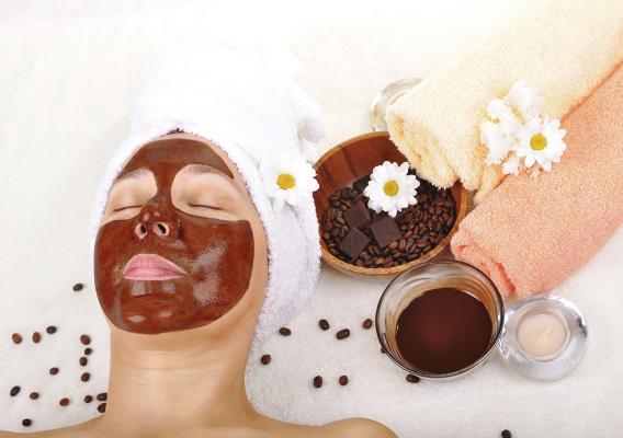 Собственноручно созданные маски для лица – залог красоты вашей кожи