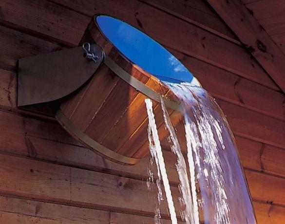 Современное ведро - водопад для бани.