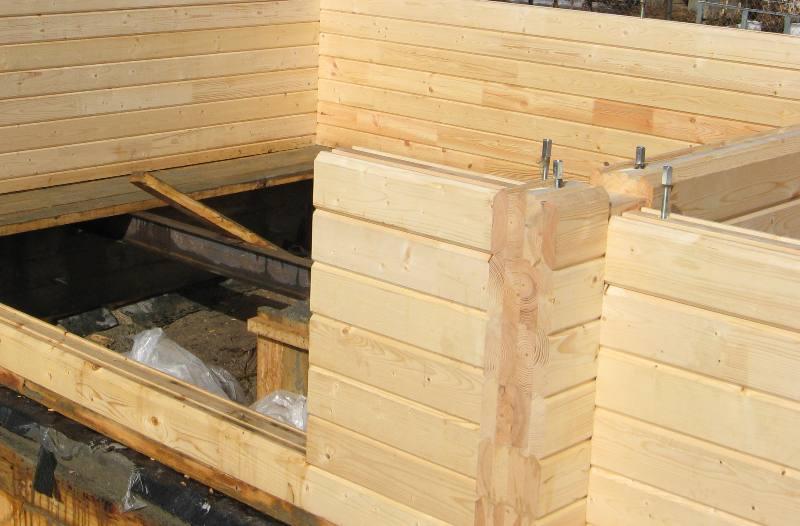 поэтапное строительство бани из бруса