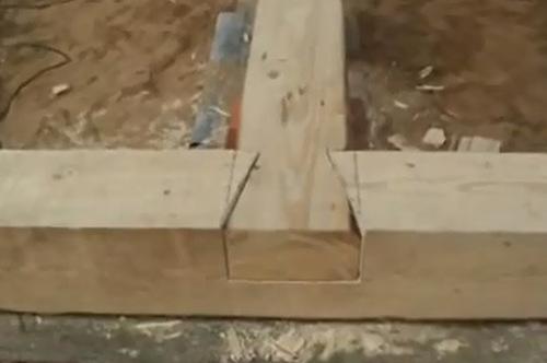 Стыковка перегородок на коренном шипе